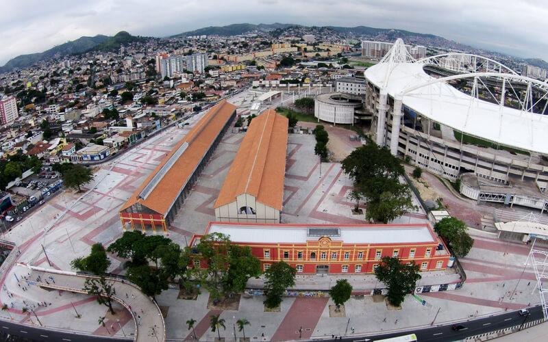 Imagem aérea do Rio de Janeiro onde se situa uma das Naves do Conhecimento
