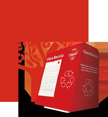 Foto do logo do programa Claro Recicla. Ele é uma caixa de coleta de onde sai o tronco de uma árvore.